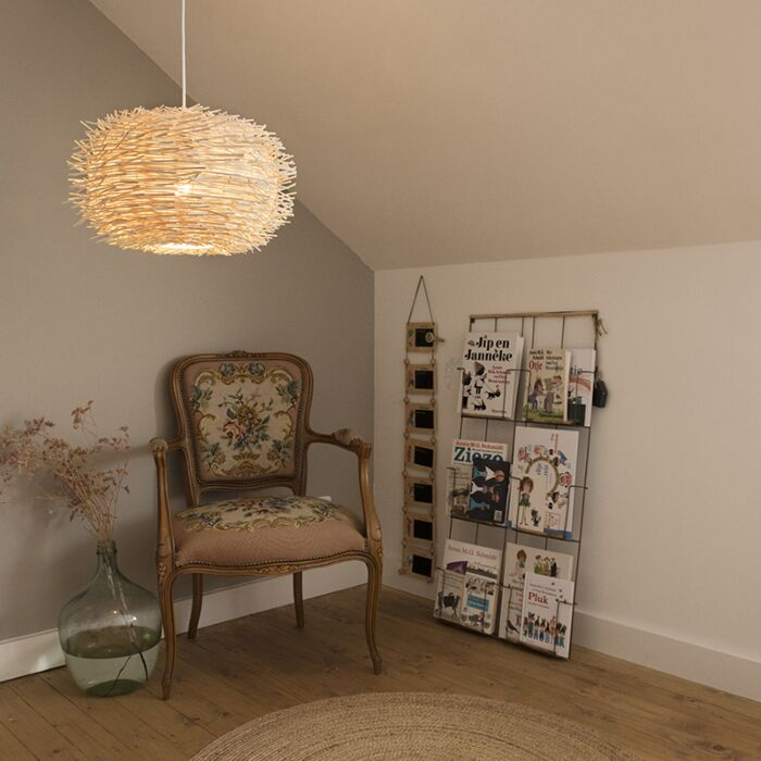 Lampe-suspension-rurale-en-rotin-blanc---Hachette-45